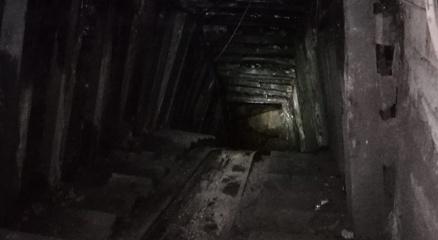 Kaçak maden ocağındaki göçükte mahsur kalan 2 işçiye ulaşma çalışması sürüyor